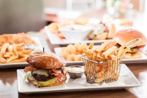 Cheeseburger at Ed's Tavern Lakewood Ranch